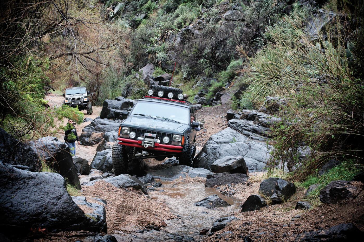 Log Corral Trail r