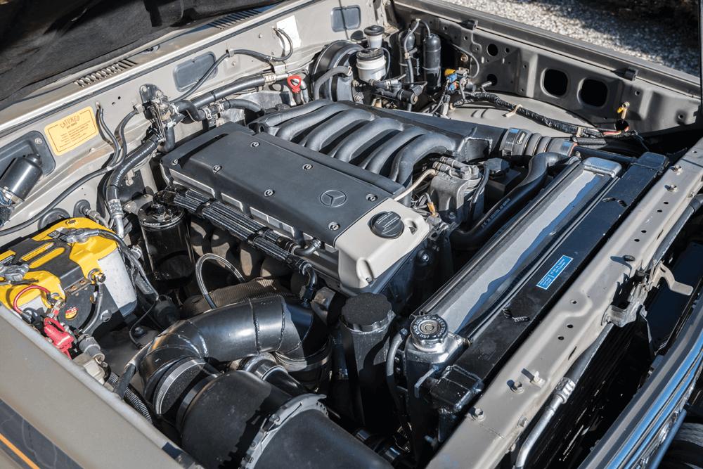 Mercedes OM606 diesel engine