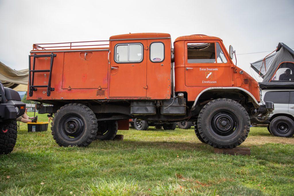 Toyo Tires Trailpass: orange unimog