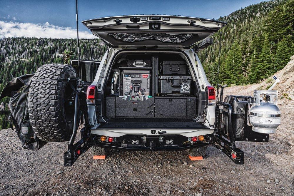 Toyota Land Cruiser trunk Pelican case National Luna Fridge Freezer