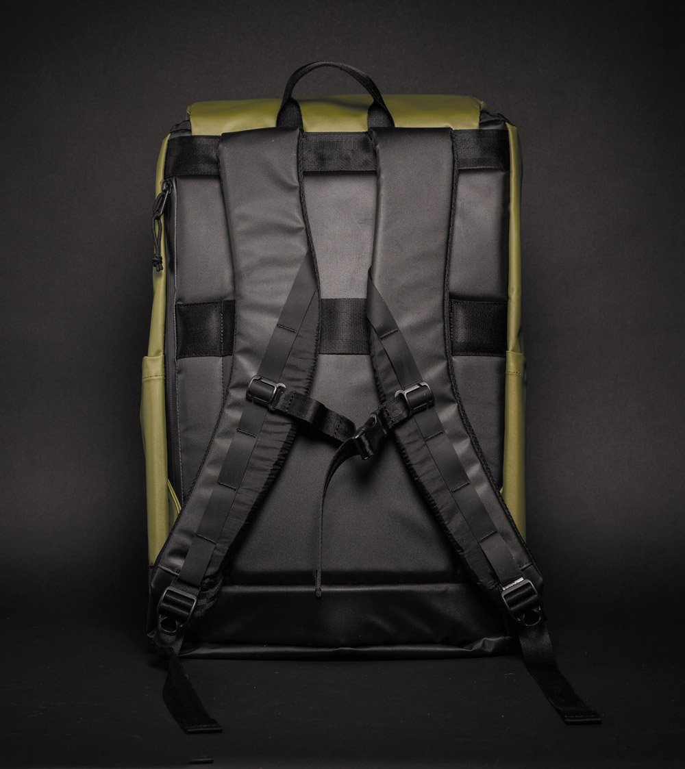 Brown Buffalo Hillside backpack green back