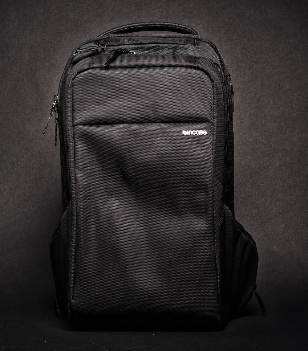 Incase Icon backpack black front