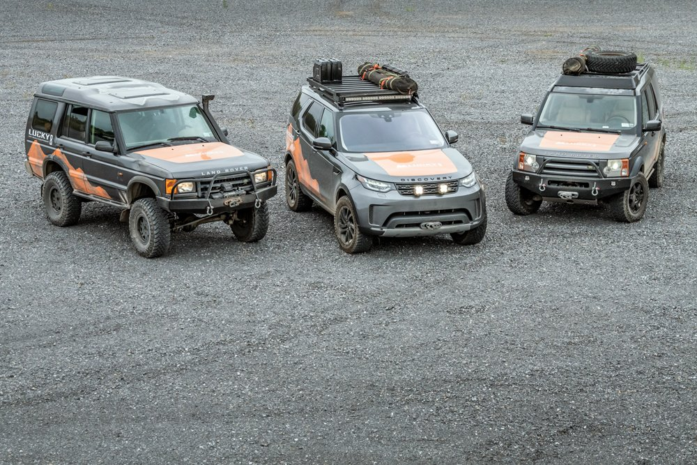 Land Rover Discoveries