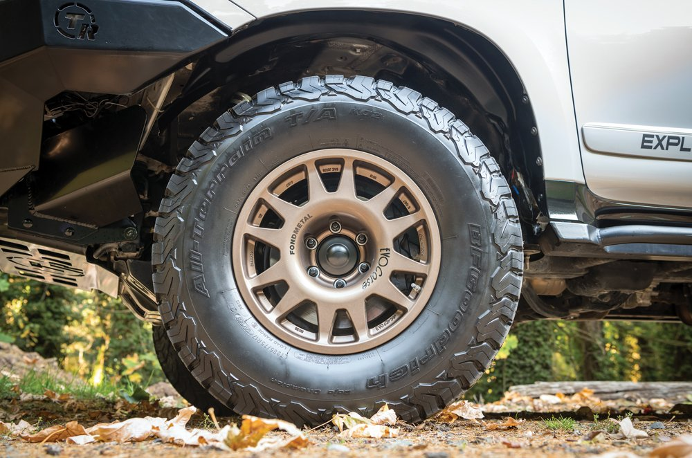 BFGoodrich KO2 tires with EVO Corse DakarZero wheels