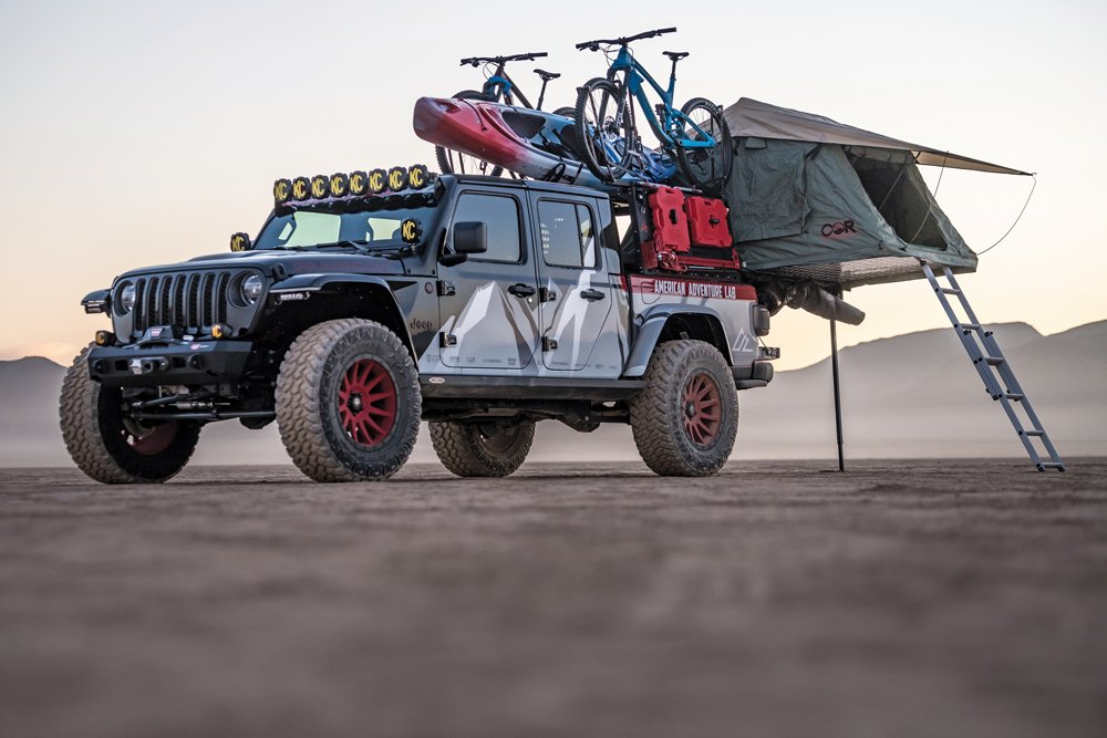 Jeep Gladiator with rooftop tent