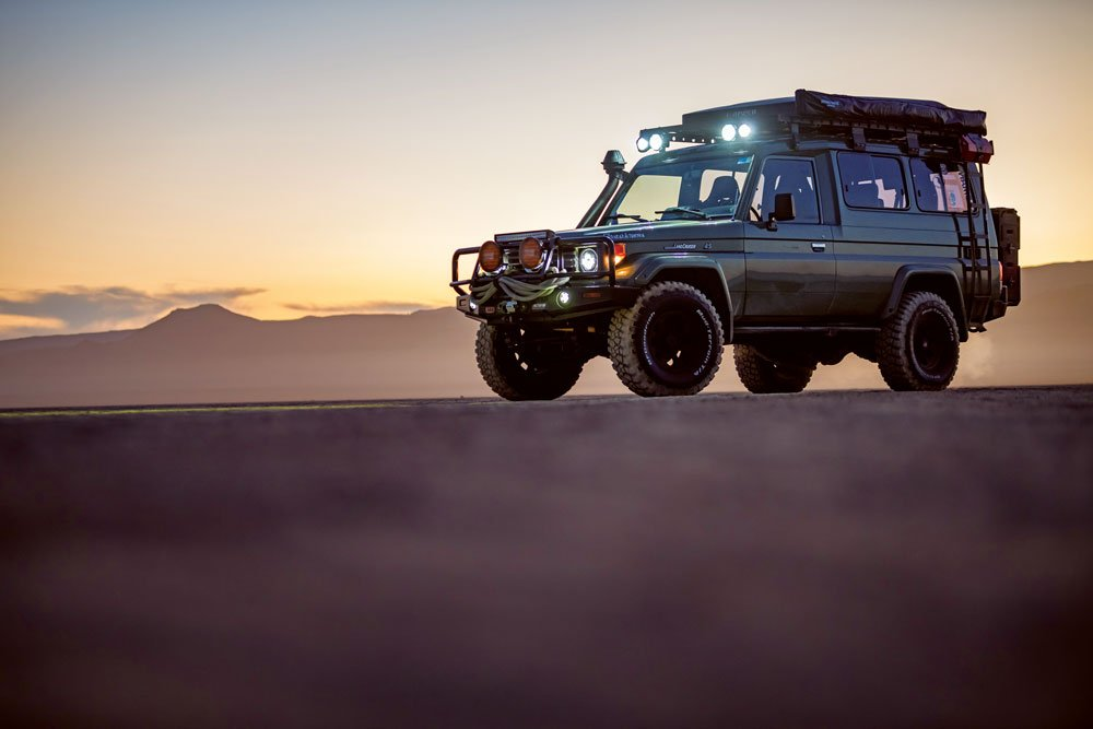 Land Cruiser Troopy at sunset