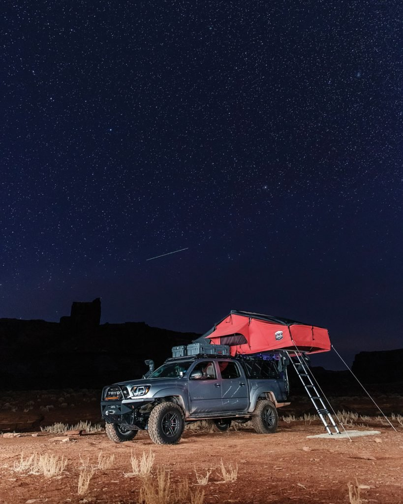 Pretty campsite under the stars with Tacoma TRD and roof top tent