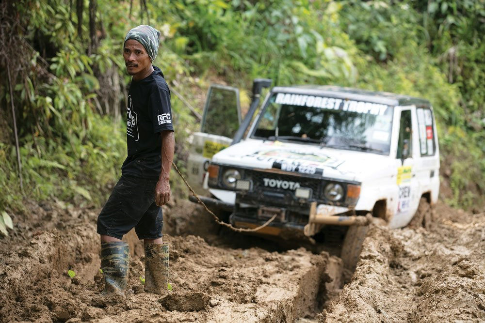 Working as a team in the Malaysian Highlands