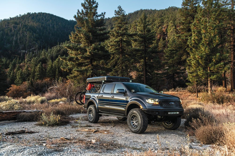 Hellwig Ford Ranger out on the road