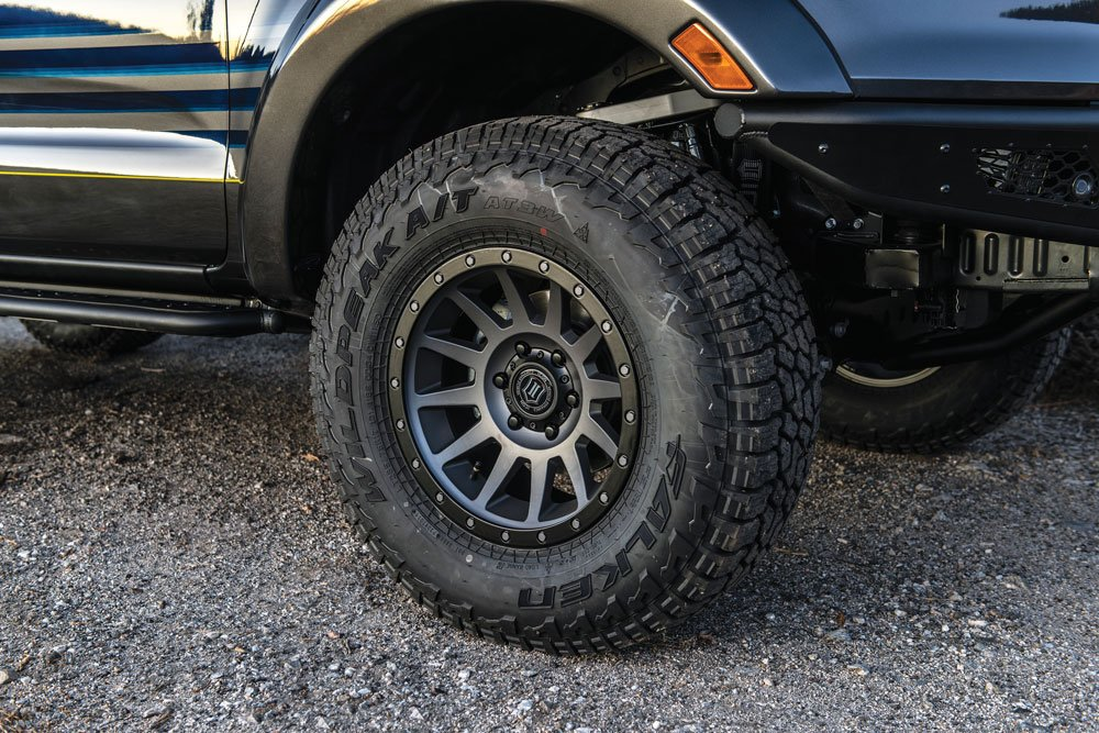 Closeup look at the wheels on the Hellwig Ford Ranger