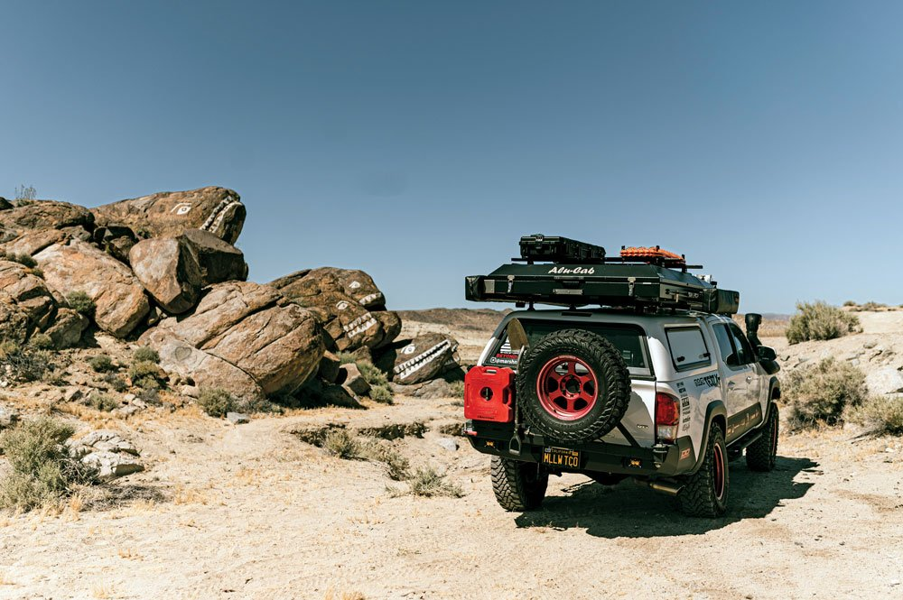 AluCab Gen 3 rooftop tent and 270-degree awning