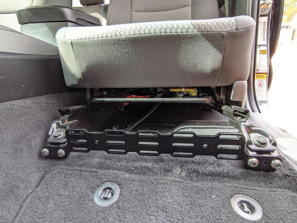Installed Front Multi-Mount Panel and Seat Jackers