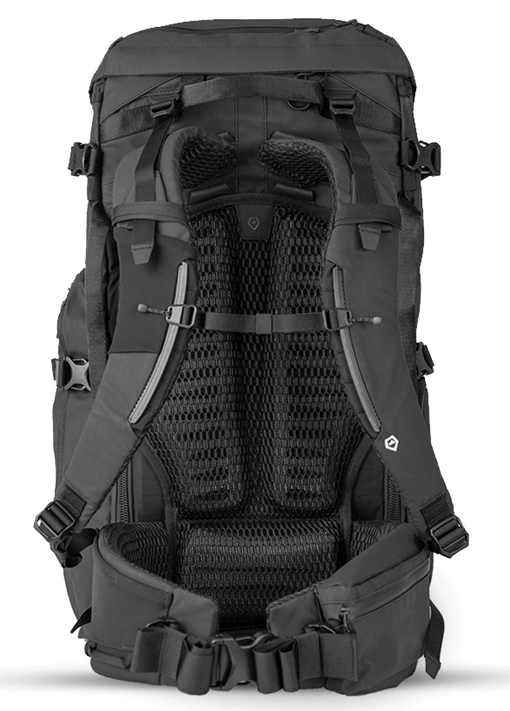The FERNWEH has padding and support straps to help evenly distribute weight