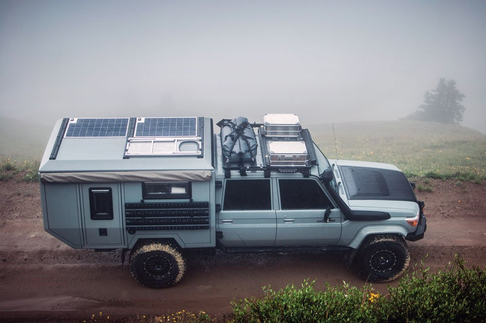 Maltec '93 Land Cruiser 80/79 series roof, complete with solar panels