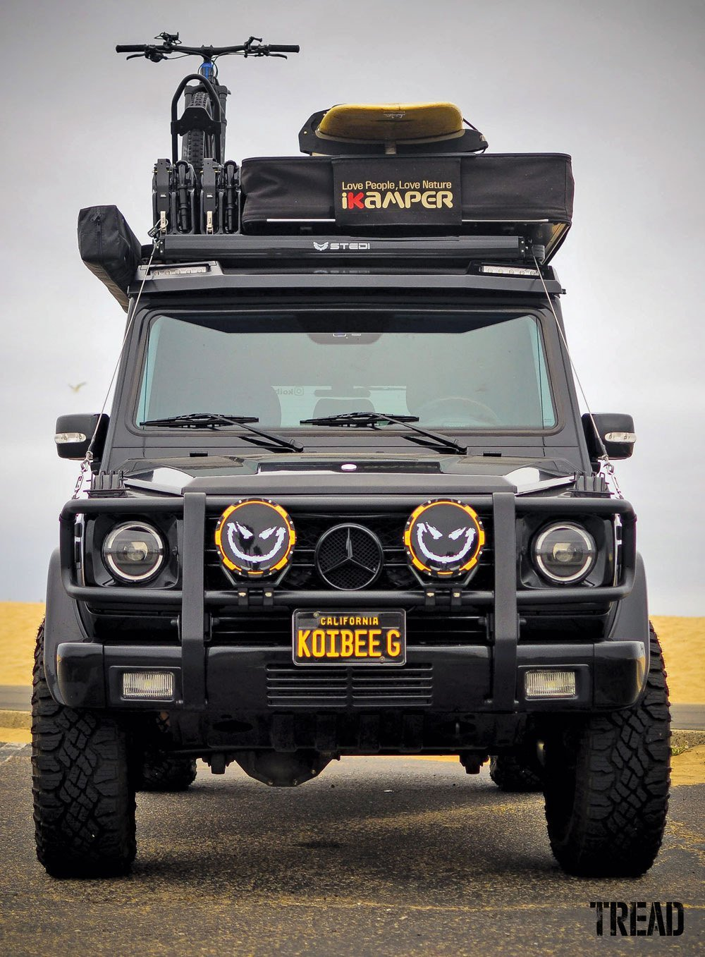 2003 Mercedes-Benz G 500 with large aux lights, ready for adventure
