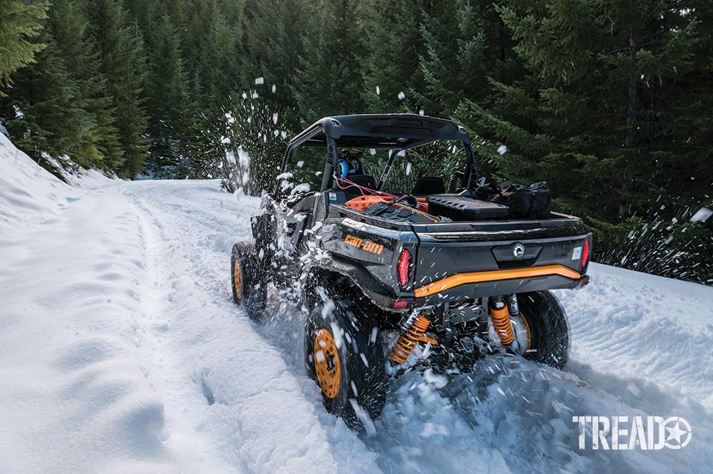Can-Am Commander XT-P drives through snow.