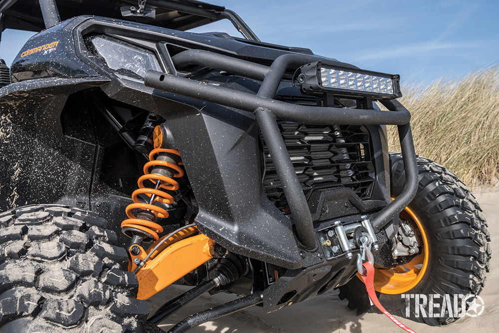 Front end of Can-Am Commander XT-P